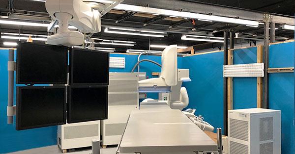 innova-cath-lab-monitor-arm